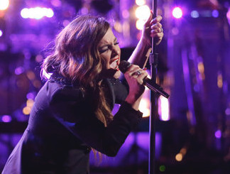 Alisan Porter performs on The Voice. (NBC Photo)