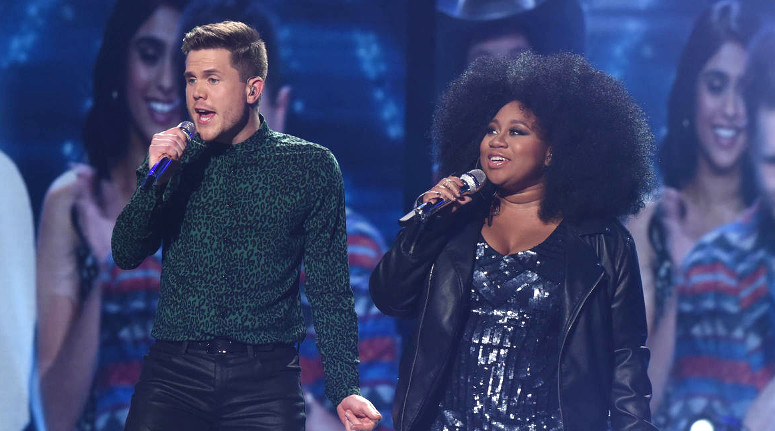 """Trent Harmon and La'Porsha Renae sing """"It Takes Two"""" on American Idol Thursday night. (FOX Photo)"""