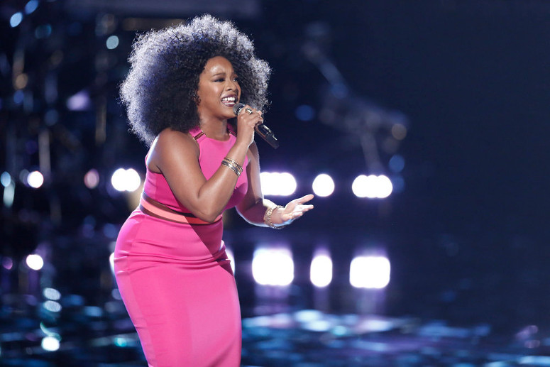 Tamar Davis performs during the live playoffs on The Voice. (NBC Photo)