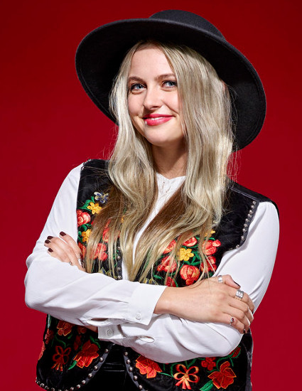 Darby Walker turned three chairs with her blind audition for The Voice Season 11 (NBC Photo)