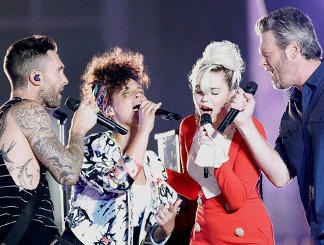 The Voice coaches perform during the Season 11 kickoff show. (NBC Photo)