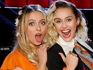 Darby Walker with Miley Cyrus, her coach on The Voice. (NBC Photo)