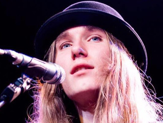 Sawyer Fredericks from The Voice Season 9