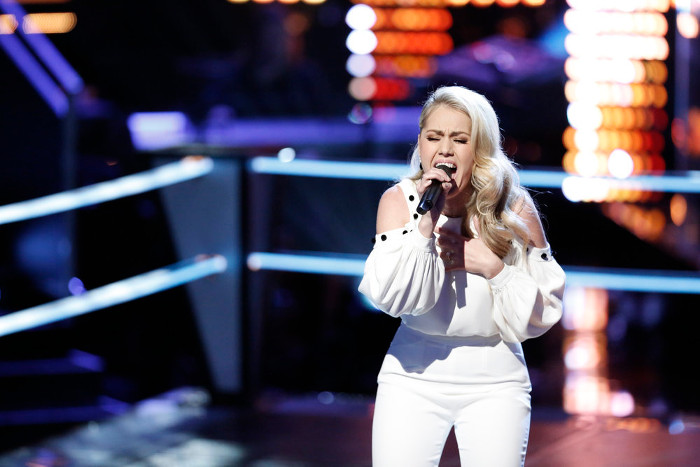 Andrea Thomas performs during the battle round on The Voice. (NBC Photo)