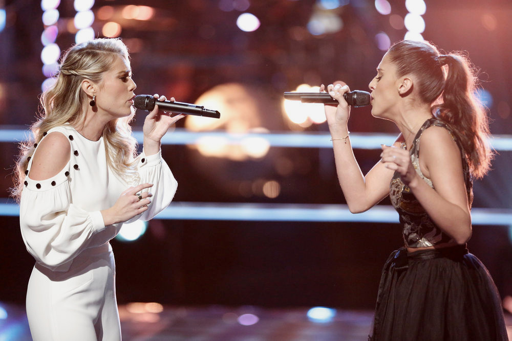 Andrea Thomas and Micah Tryba perform during the battle round on The Voice (NBC Photo)