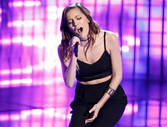Davina Leone performs on The Voice Season 12. (NBC Photo)