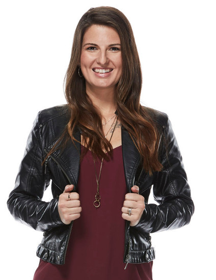 Sheena Brook of Team Adam Levine on The Voice Season 12 (NBC Photo)