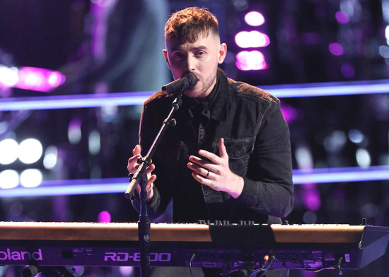 Hunter Plake performs during the knockout round on The Voice Season 12 (NBC Photo)