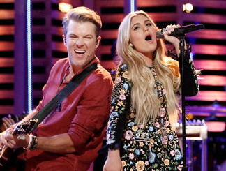 Brennley Brown with Rascal Flatts during The Voice Season 12 finale. (NBC Photo)