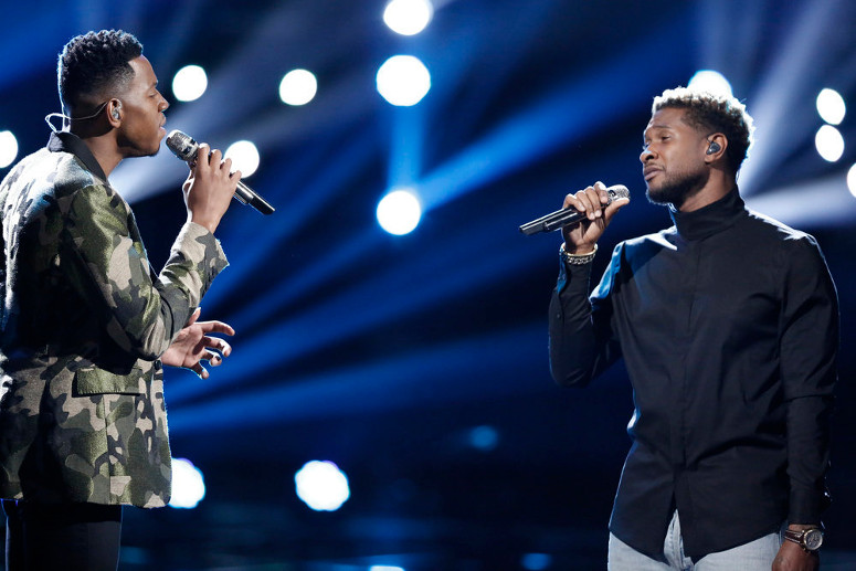 Chris Blue performs 'Everybody Hurts' with Usher on The Voice Season 12 finale. (NBC Photo)