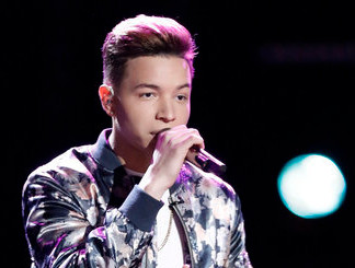 Mark Isaiah performs on The Voice. (NBC Photo)
