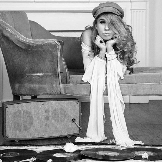 Haley Reinhart, third-place finisher on Season 10 of American Idol, has released a new cover and behind-the-scenes video from her upcoming third album.