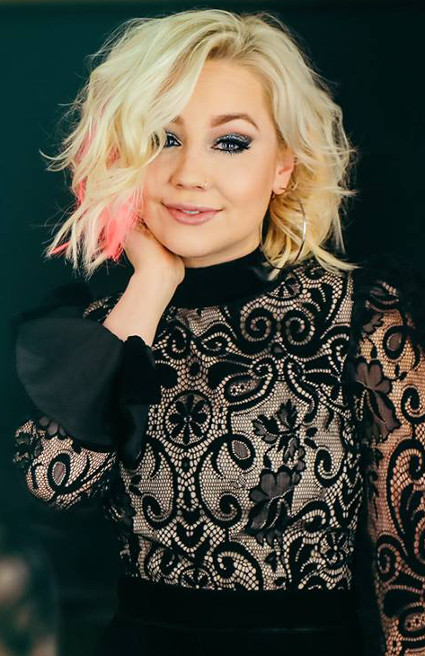 "RaeLynn, from Season 2 of The Voice, has released the video for ""Lonely Call,"" the second single off her debut album."