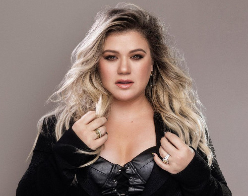 Kelly Clarkson will release her first album with Atlantic Records in October.