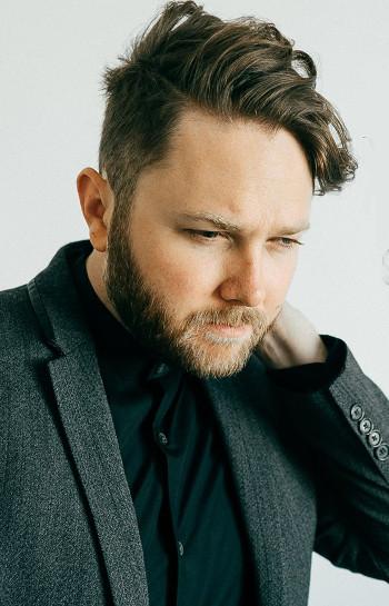 Luke Wade of The Voice Season has released a new single.