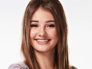 Alexandra Joyce of The Voice Season 13