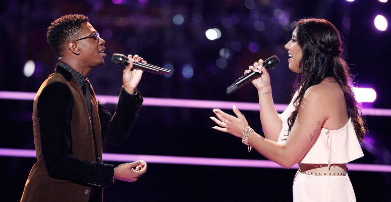 Brandon Showell and Hannah Mrozak perform during the battle round on The Voice. (NBC Photo)