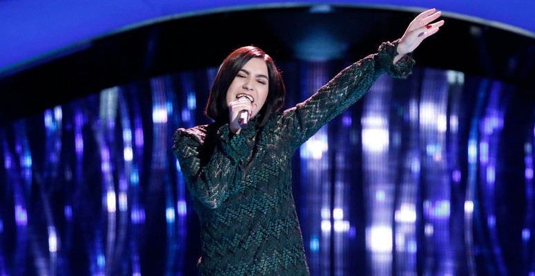 Ilianna Viramontes performs during the blind auditions on The Voice Season 13 (NBC Photo)