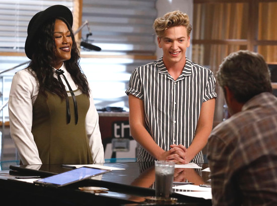 Keisha Renee and Noah Mac prepare for their battle round on The Voice. (NBC Photo)