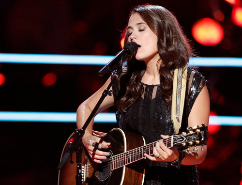Whitney Fenimore performs during the battle round on The Voice. (NBC Photo)