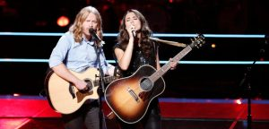 Adam Pearce and Whitney Fenimore during their battle round match on The Voice Season 13. (NBC Photo)
