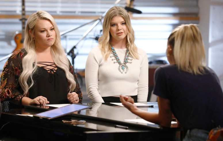Ashland Craft and Megan Rose talk battle round strategy with Miley Cyrus. (NBC Photo)