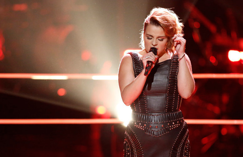Katrina Rose performs during the battle round on The Voice. (NBC Photo)