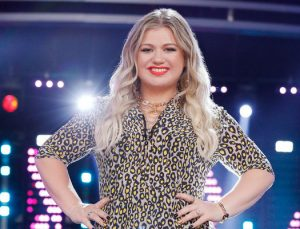 Kelly Clarkson on the set of The Voice, where she was the adviser for the knockout round. (NBC Photo)