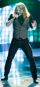 Adam Pearce performs during the blind auditions on The Voice Season 13. (NBC Photo)