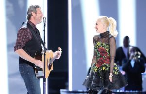 Blake Shelton and Gwen Stefani perform on The Voice Monday night. (NBC Photo)