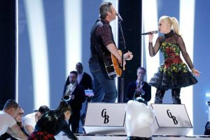 Blake Shelton and Gwen Stefani sing You Make It Feel Like Christmas on The Voice. (NBC Photo)