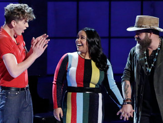 Brooke Simpson advances on The Voice