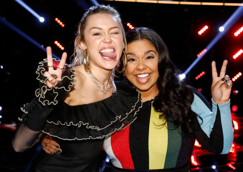 Miley Cyrus and her first-eve finalist, Brooke Simpson (NBC Photo)
