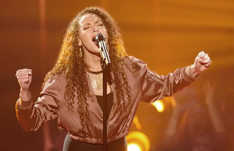 Cheyenne Elliott performs on Week 2 of The Four. (FOX Photo)