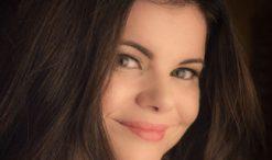 Rebecca Loebe of The Voice Season 1