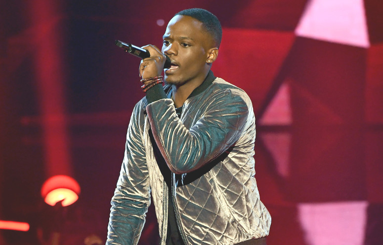 Rapper Rell Jerv performs on The Four Thursday night. He knocked off Cheyenne Elliott to win a spot on the show. (FOX Photo)