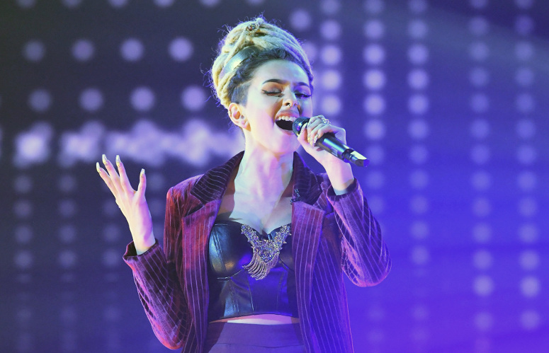 Zhavia performs on The Four Thursday night. She defended her spot on the show, fending off a challenge from Nicole Boggs. (FOX Photo)