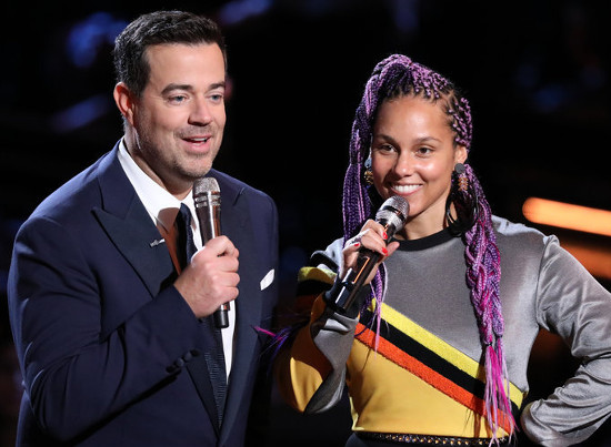 Carson Daly and Alicia Keys during a Season 13 episode of The Voice. (NBC Photo)